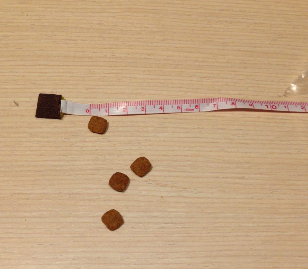 ロイヤルカナン キャットフードの粒の大きさ